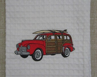 WOODIE CAR.Classic Woodie Car. Woodie with Surfboard.Classic Woodie Car.Red Car.
