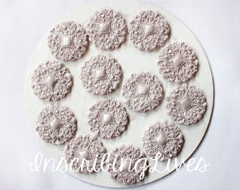 Silver Fondant brooch 12pcs vintage cupcake toppers edible buttons oreo toppers silver wedding cake decoration silver baby shower mini