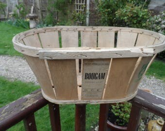 Vintage Traditional Vegetable or Fruit French Wooden Delivery Crate Original Condition Makes for a Log Basket or Laundry Basket General