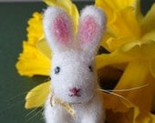 Needle Felted Rabbit, Bunny Ornament, Miniature Bunny, Easter Bunny Gift, Rabbit Ornament, Animal Nursery Decor, Easter Decoration, Bunnies