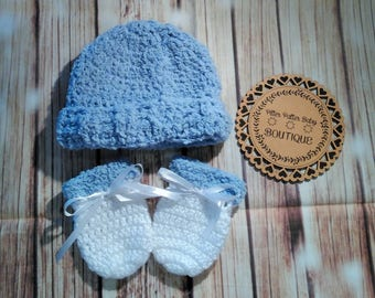 White and Blue Crochet Baby Boys Beanie And Mittens Set, New Baby Gift Set, Baby Hat, Beanie, Crochet For Babies, Boys Hats, Blue Beanie