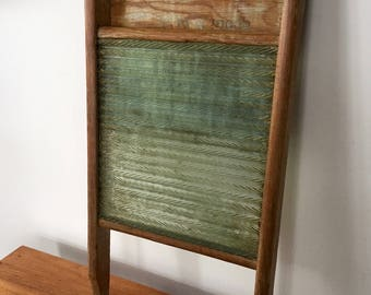 Vintage GLASS WASHBOARD, EMPIRE Washboard, Made in Canada, Primitive Rustic Washboard, Farmhouse Decor