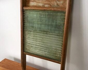 Vintage GLASS WASHBOARD, EMPIRE Washboard, Made in Canada, Primitive Rustic Washboard, Farmhouse Decor