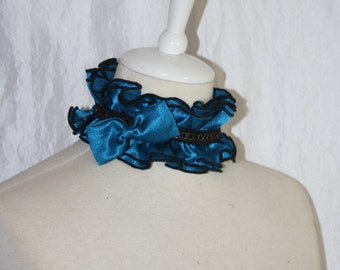 Collar [d & c] - blue ruffle collar with a bow
