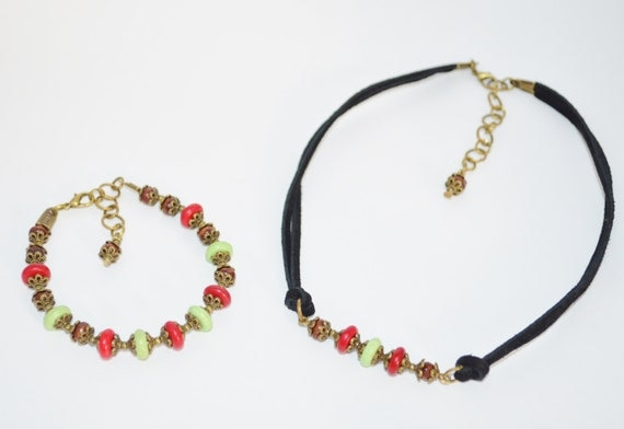 Choker & Bracelet Set Christmas, Red and Green Beaded Choker with Matching Bracelet, Black Leather Choker with Red and Green Beads, Choker