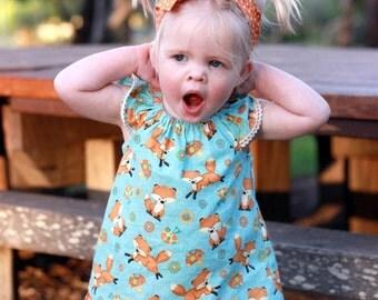 Girls flutter sleeve top. Toddler girls Woodlands Fox blouse. Baby girls peasant top. Girls fox print  summer top. Flutter sleeve.