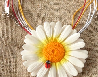 Daisy pendant Daisy necklace daisy brooch daisy jewelry polymer clay jewelry camomile pendant chamomile charm gift for her floral jewelry