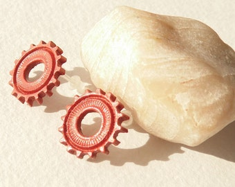 Steampunk gearwheel Stud Earrings Polymer clay jewelry gift for her gift to 10 rusty earrings Steampunk jewelry gearwheel jewelry rusty jewe