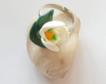 Snowdrop ring Snowdrop jewelry polymer clay jewelry White flower ring gift for her White jewelry floral jewelry flower jewelry floral ring