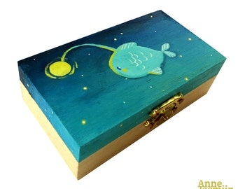 Fish Box (handpainted)