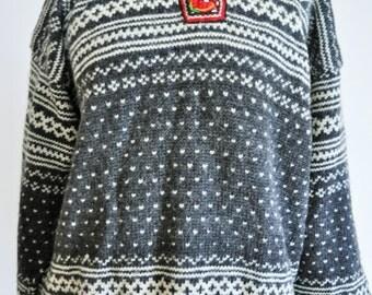 Vintage Norwegian Sweater Norway pure wool / Women / Men / Silver clasp / Medium / M / Nordic / Scandinavian / Pullover / Grey /Winter