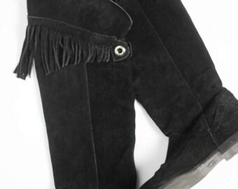 Black Vintage Fringes Boots Size EU 37 / US 7 Fringe Suede Shoes Lined Dark Hippie Boho Cowboy Grunge Punk Goth Gothic Festival