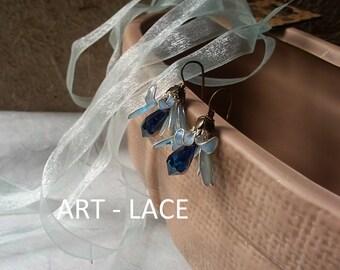 Rustic Pastel Blue Stud earrings flower with long stem earrings for women wire resin flower rustic wedding earrings Bridesmaid earrings gift