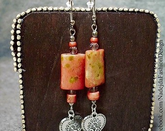 """Valentins day Earrings """"Heart Life Tree"""" Love & Hearts Boho-Look Earrings Coral Silver Accents Facetted Glass Beads"""