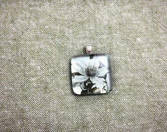 Handmade Vintage Flower Pendant With Glass Square Dome/ Silver/ Blue