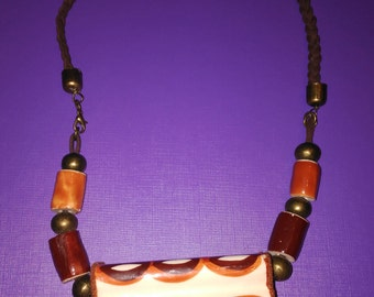 Necklace with recycled ceramic pieces