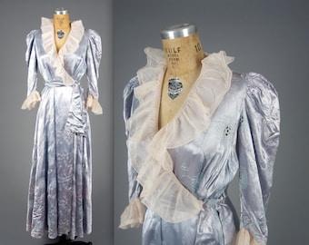 1930s glamorous dressing gown • vintage 30s robe • satin boudior house coat