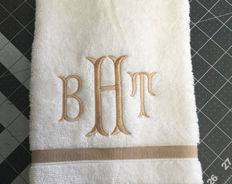 Monogrammed Hand Towel Fish Tail Font