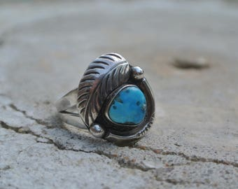 Silver And Turquoise Southwest Feather Ring ~ Size 7.25 ~ Vintage Jewelry