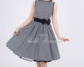 Handmade - Rockabilly dress Betty with zickzack pattern