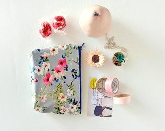 Flower zipper pouch, small make up bag,perfect gift for garden lover, cute zipper bag, floral coin purse