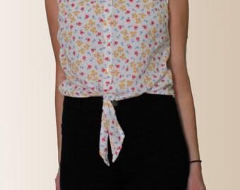 White Floral Tie Front Sleeveless Blouse Shirt by Monoprix Autre Ton Size Small Medium