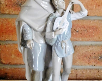 Lladro of Spain Happy Travelers #4652 large porcelain figurine sculpture issued 1969, RARE