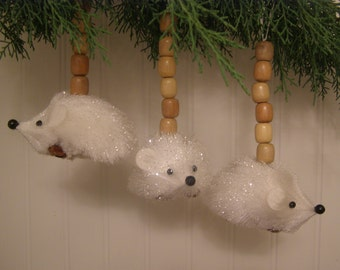 Set of 2 Woodland Whimsical Handmade Snow White Glittered Hedgehog. Vintage Wooden Beads. Gift for the Nature Lover.