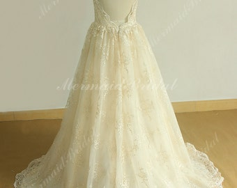Elegant open back Champagne A line Tulle Lace wedding dress with Spaghetti straps