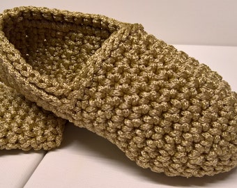 Simple crochet slippers, Hand knitted indoor slippers, Chunky house slippers, Christmas gift, Present idea