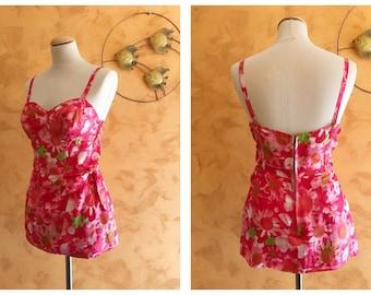 Vintage 1950s Pink Hawaiian Floral Print Sarong Swimsuit - size S