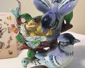Napco bluejay family S1407 - babies in nest - blue jay mom and dad with babies in nest - vintage Napco ceramics Japan - bird family