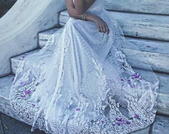 Gillian / Lace Bohemian Wedding Dress / Cotton Lace with OPEN BACK Boho Romantic Rustic Wedding Dress /Thin Spaghetti Straps