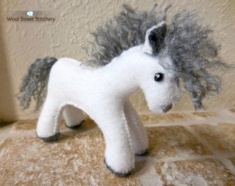 White felt horse, stuffed horse, felt pony, white pony, soft toy, stuffed felt animal