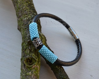 Leather cord bangle Bracelet beaded with seed beads Peyote beaded bracelet Custom leather bracelet Blue beaded bracelet Magnet clasp bangle