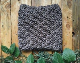 READY-TO-SHIP! chunky knit cowl star scarf snood neck warmer || The Mahogany