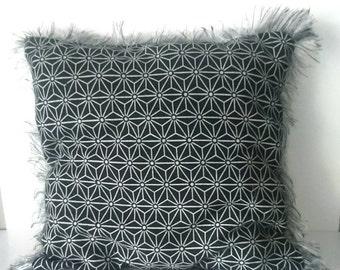 Cushion cover decorative black and white geometric pattern with fringe ethnic style