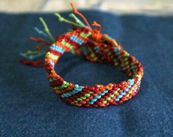 Friendship bracelet, handmade friednship bracelet, boho bracelet, bohemian style colorful bracelet
