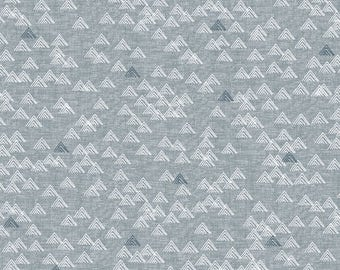 Mountain Print Cotton Quilting and Patchwork Fabric - Fat Quarter