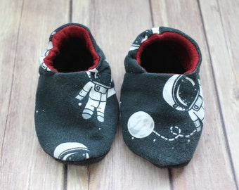 Baby & Toddler Shoes: Moon and Back. Reversible Soft Sole