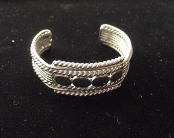 Vintage Clip-On Bracelet #9