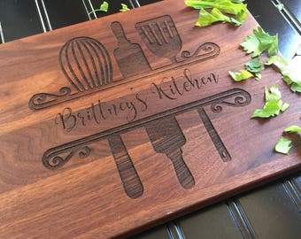 Cutting Board, Custom Cutting Board, Moms Kitchen, Christmas Gift, Gift for Mom, Gift for Her, Bride Gift, Womans Gift
