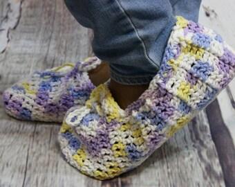 Crochet Slippers - Warm Slippers - Acrylic Slippers - Womens Slippers - House Slippers - Gifts for Her - Girlfriend Gift - Handmade Slippers