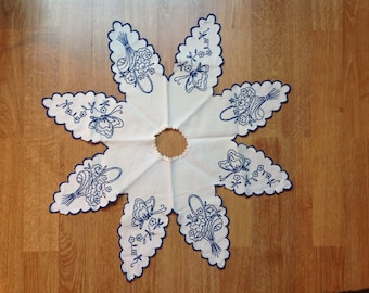 French table doily