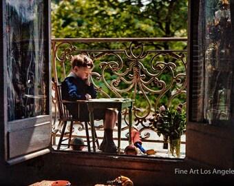 """Gustave Gain Autochrome Photo, """"Pierre Gain en eleve studieux au balcon"""" Paris 1909"""