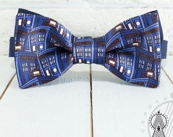 Tardis Doctor Who Bow Tie, 11th Doctor's Bow Tie, Geeky accesssories, River Song, Eleventh Doctor