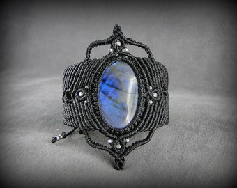 Blue Labradorite Macrame bracelet. Black woven cuff bracelet with a natural stone with powerful flash. Many details. Statement bracelet