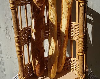 french vintage/door Wicker bread baguette / french bakery