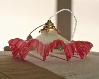 Ancient light shadow 1900 s in white blown glass satin aboard red heart-Suspension Belle Epoque Paris / illuminati10