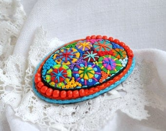 Colorful felt applique beaded oval brooch Fabric multicolor brooch French knot embroidery felt jewelry brooch Classical oval shape brooch